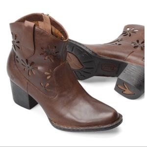 3f4d01f51a8 Born scotch ivy boots